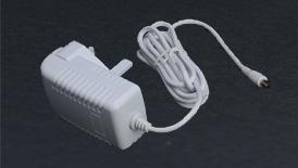 مقبس الكهرباء 220 فولت / 120 وات